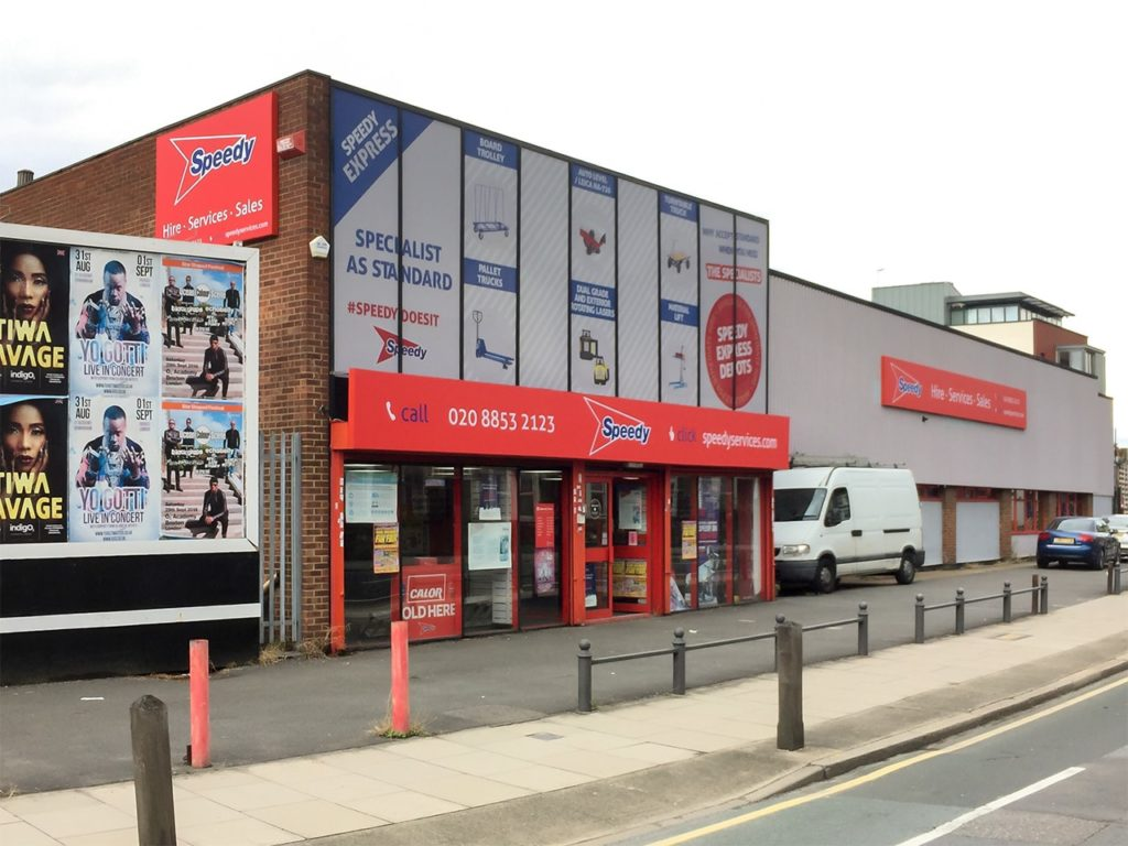Flex faced signs and large, digitally printed window graphics at Speedy, Greenwich